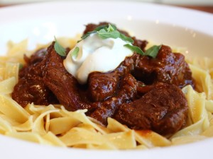 BEEF CHEEK GOULASH : Ooh La Loire